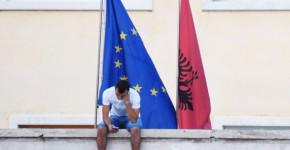 640x480 Albania and EU flag